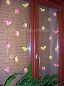 húsvéti ablak dekoráció varrás